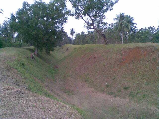 Benteng tanah
